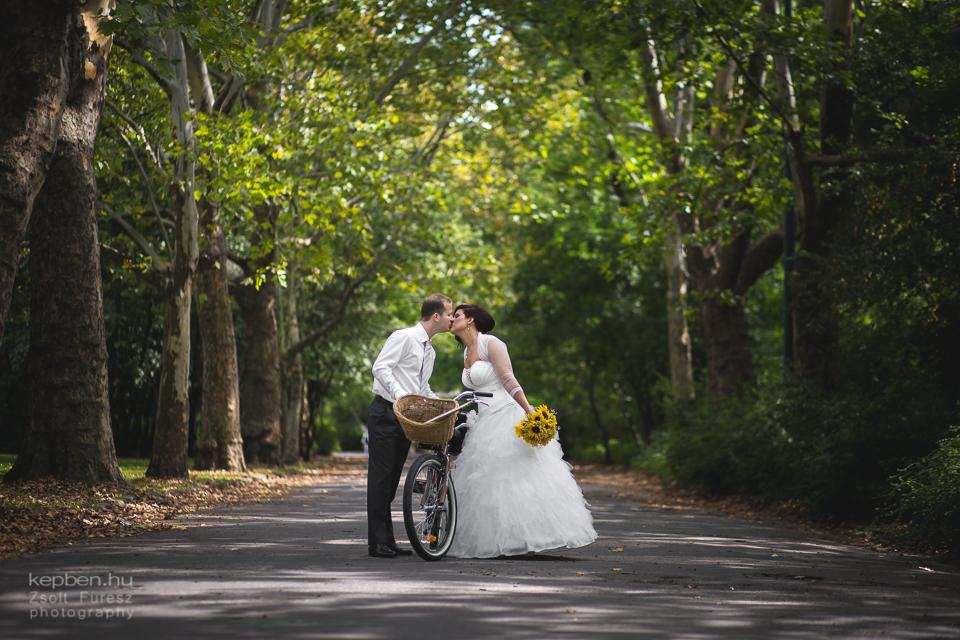 esküvő városligetben